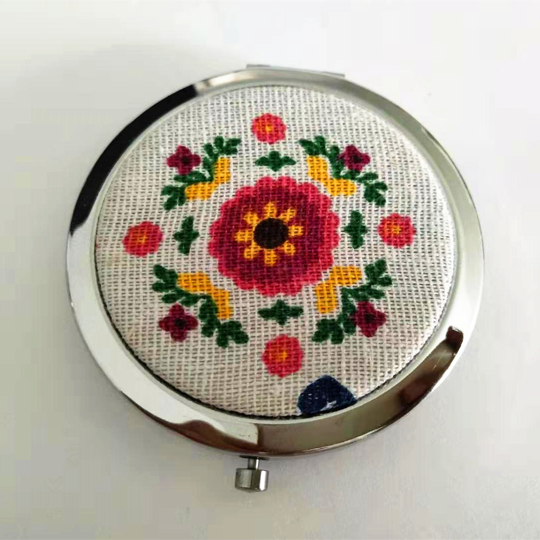 custom printed cotton clothing compact mirror for female makeup in hand