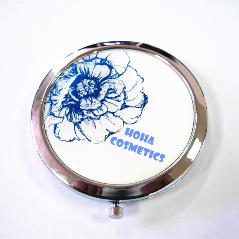 stylish design makeup mirror covered and protected by a clear epoxy dome